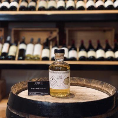 VINUM - Distillerie de Paris Miel Spirit Drink